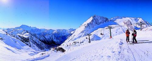 Das Skigebiet ist - einfach ausgedrückt - ein Hochgenuss. - Fotos: Riva