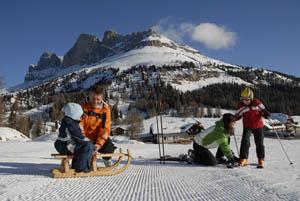 Der Rosengarten ist allgegenwärtig, und das Skigebiet besonders kinderfreundlich.