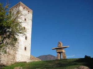 Das Schloss Sigmundskron zählt zu den größten Burganlagen Südtirols. Foto: Verkehrsamt der Stadt Bozen