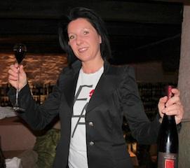 Sommeliere Kathrin Oberhofer hat immer eine gute Weinempfehlung parat, Foto: Heiner Sieger
