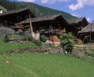 Die Ursprünge der Besiedelung des Ultentals reichen teilsweise bis weit ins 12. Jahrhundert zurück.