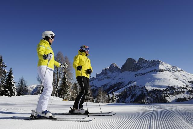 Das imposante Massiv des Latemar soll sich ab 2014 komplett per Ski und zu Fuß umrunden lassen; Foto_Carezza