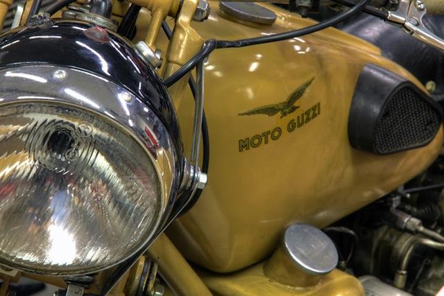 Mit seiner Moto Guzzi, knatterte Michil Costa in früheren Zeiten gerne über die Alpenpässe.  Heute steht sie in seinem Motorradmuseum, Foto: Hotel La Perla