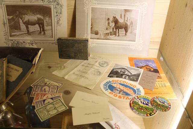 Im Hotelmuseum bewahrt die Inhaber-Familie das Andenken an die Geschichte der Ostaria Posta, Foto: Heiner Sieger