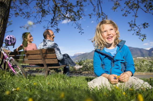 """Beim """"Naturforscher–Miniclub"""" und beim """"Naturforscher-Juniorclub"""" wird die Natur zur Schatzkiste, zur Werkstatt und zur Märchenwelt zugleich., Foto: smg"""