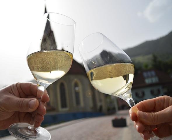 """Eisacktaöer Weißwein ist der Held bei der """"Sabiona15"""" in Klausen, Foto Sandra Stablum"""