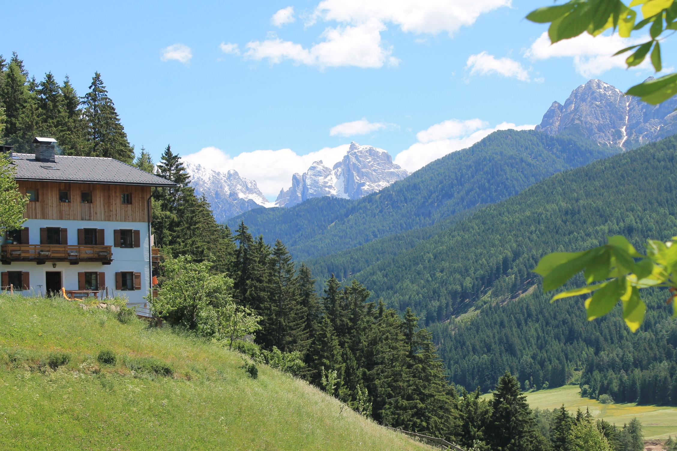 Auf Südtirols Bauernhöfen wie dem Untersteinhof im oberen Pustertal können Gäste authentische Wellnessbehandlungen genießen, Foto: Heiner Sieger