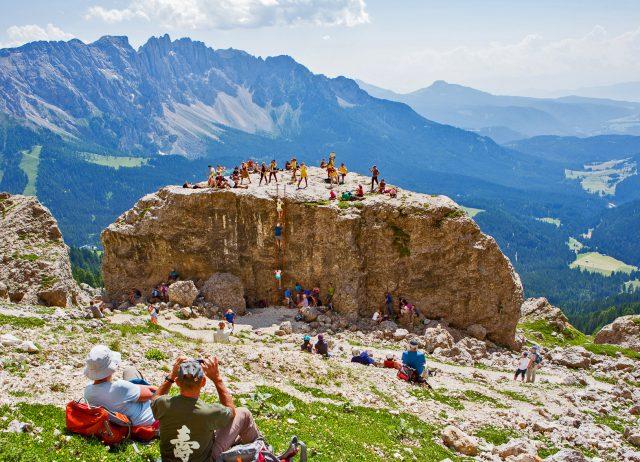 Beim Südtirol Jazzfestival werden Felsbrocken zur Jazzbühne; Foto SJF