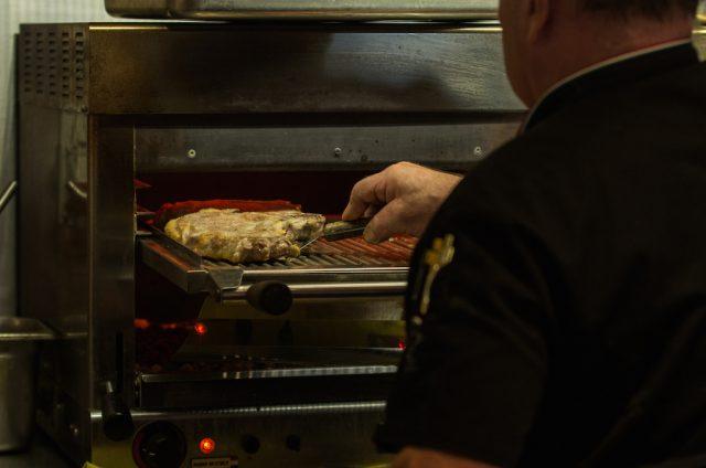 Grillen bei 900 Grad - der Hidalgo Beef Grill, Foto: Hidalgo