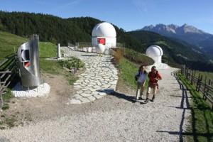 """In der Sternwarte """"Max Valier"""" kann man den Planeten ganz nahe sein."""