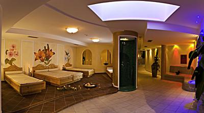 Der Wellnessbereich im Hotel Schneeberg.