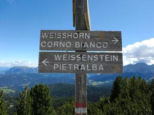 Wohin des Wegs: Sowohl der Gipfel des Weißhorns als auch der Wallfahrtsort Maria Weißenstein sind lohnende Ziele.