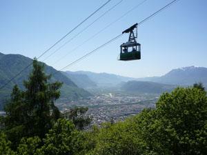 Für kleines Geld erreicht man von Bozen aus mit der Seilbahn Jenesien. Foto: Verkehrsamt Bozen