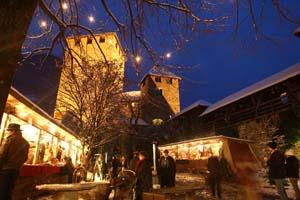 Schloss Tirol bietet die überaus imposante Kulisse für einen Weihnachtsmarkt. Foto:Florian Peer