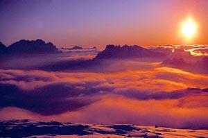 Wie gemalt - ein Sonnenaufgang ist ein besonderes Naturschauspiel. -Foto: Tourismusverband Trevalli