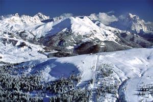 """Die Marmolada, die """"Königin der Dolomiten"""". - Foto: Dolomiti Superski."""