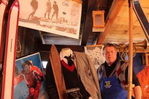 Max Seehauser, Wirt der Fallmur Allm in seinem kleinen Alpinmuseum, Foto: Heiner Sieger