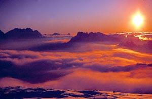 In den Bergen einen Sonnenaufgang zu erleben, ist ein ganz besonderes Ereignis.