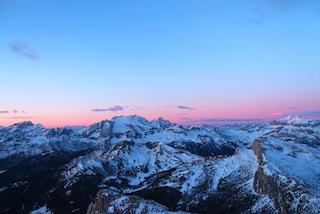 Rosa Stunde: Sonnenaufgang vom Gipfel des Lagazuoi, Foto: Heiner Sieger