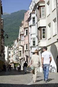 Mittelalterliches Flair: Die Altstadt von Brixen; Foto: oneauer