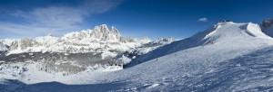 Cortina d' Ampezzo: Ski-Frühstart in den Dolomiten