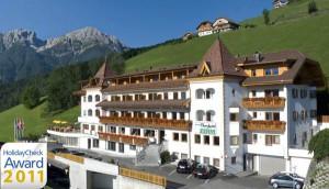 Das Berghotel Zirm.