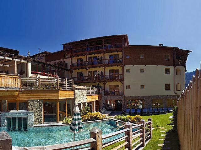 Im Zeichen der Kastanie: Taubers Unterwirt in Feldthurns, Foto: Hotel Unterwirt