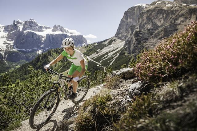 In Alta Badia locken wunderschöne Mountainbike-Trails; Foto: Manuel Sulzer