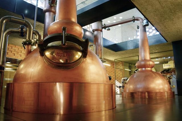 Brennblasen in Italiens erster Whisky-Brennerei Puni in Glurns im Vinschgau, Foto: Puni Destillerie