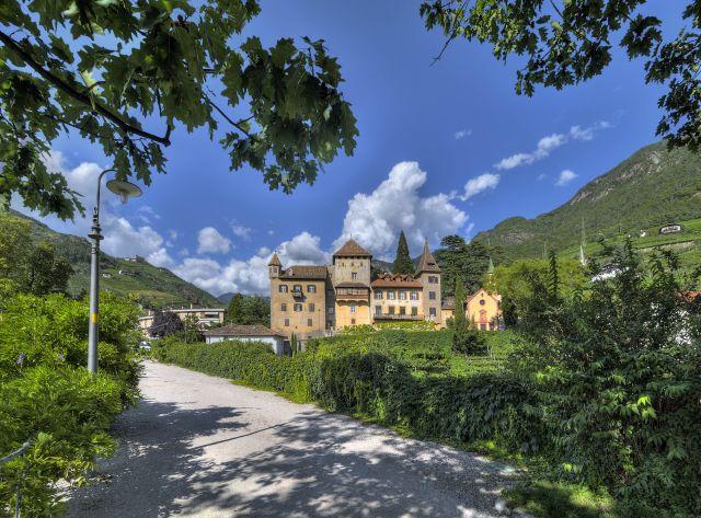 Eine Tour mit dem Velotaxi führt zu den schönsten Plätzen von Bozen; Foto: AST - Sergio Bueno