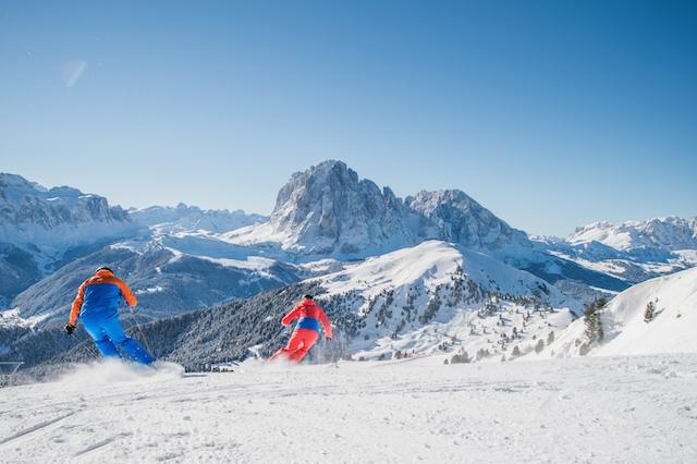 Zahlreiche Sonderangebote locken zum Skifahren in die Dolomiten, Foto: Whistaler