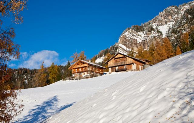 Gabriel Lambacher, Bauer auf dem Verlotthof in Villnöss im Eisacktal, ist leidenschaftlicher Skilehrer; Foto: Verlotthof