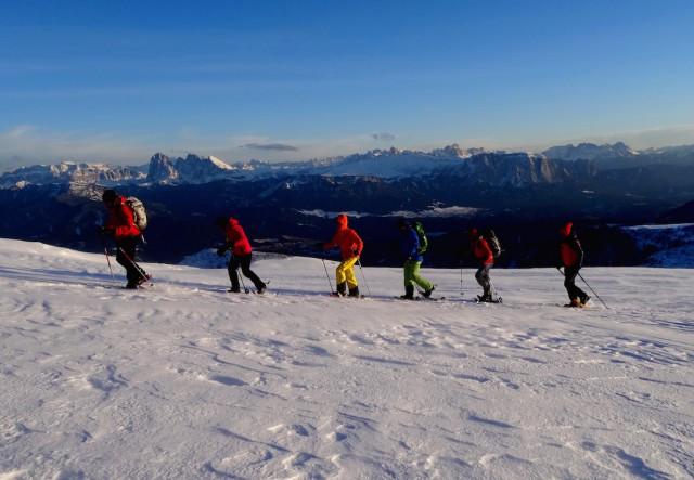 Die Villanderer Alm bietet Schneeschuhwanderern herrliche Ausblicke, Foto: www.alpinist.it