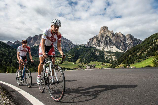 Eine Etappe der Giro d'Italia macht auch in Alta Badia halt, Foto: Paola Finali